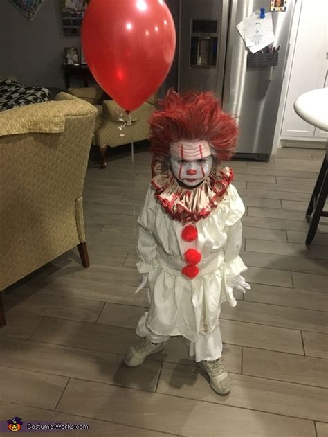pennywise boys costume  minute costume ideas photo