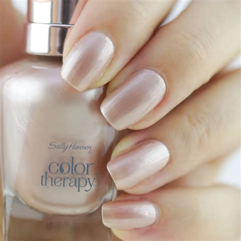 color nails and spa give your nails spa luxury with new sally hansen color