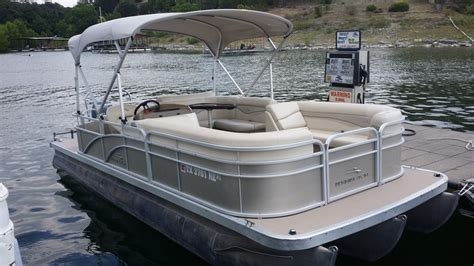 lake travis fishing boat rental lake travis boat rentals at vip marina austin tx