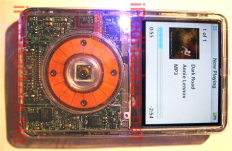 Ivue Ipod by 5g Ipod Gets Bluetooth Hack Ubergizmo