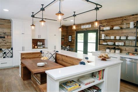 fixer upper black houseboat country chic kitchen redesigns from joanna gaines