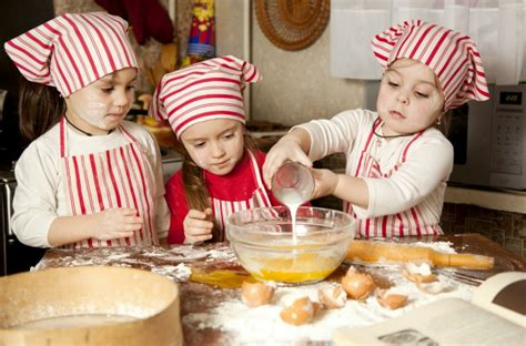 new year baking class 10 places can cook and eat their efforts in new york