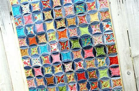 Denim Rag Quilt With A Twist by Adding 3 D Texture To Quilts Ideas Patterns