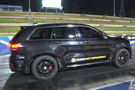 racing jeep grand cherokee world s fastest jeep grand cherokee srt video street