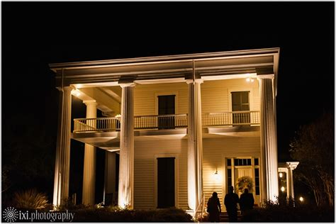 Earle Harrison House by And Chris S Fall Wedding At Earle Harrison House In Waco Tx