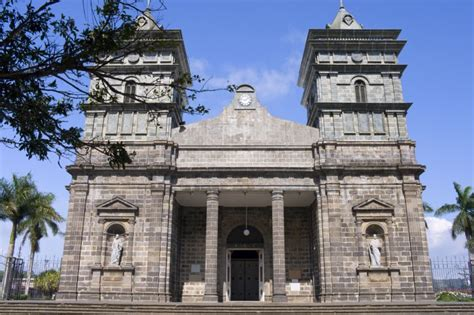 Ordinary Canton Churches #3: Full-catholic-church-in-palmares.jpg