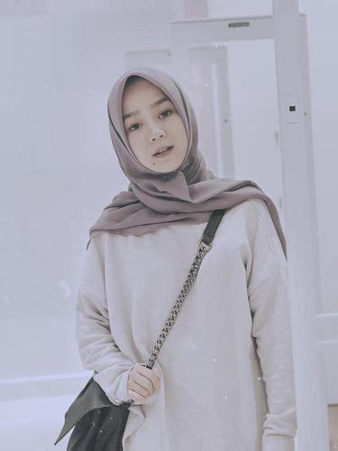 yuk kenalan   vlogger hijab cantik  populer