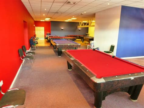 how to set up a pool table sam k steel pool tables 4 more tables set up in