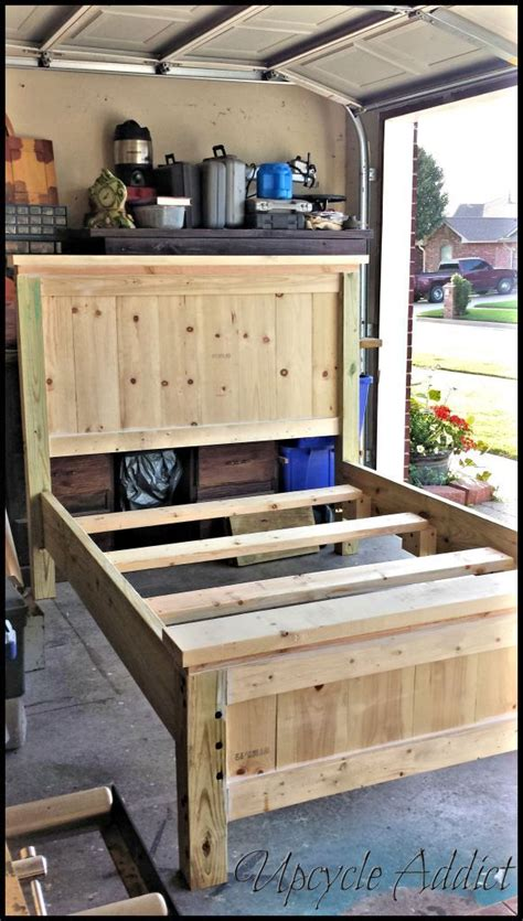 Diy Footboard Ideas by Best 25 Diy Bed Frame Ideas Only On Pallet Platform Bed Bed Ideas And Bed Frames
