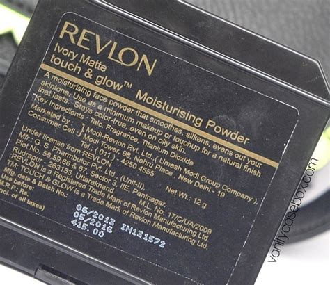 Revlon Touch Glow Powder revlon touch and glow moisturizing powder review and