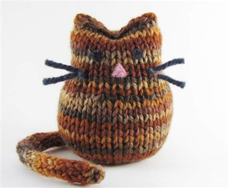 small knitting projects 25 best ideas about small knitting projects on