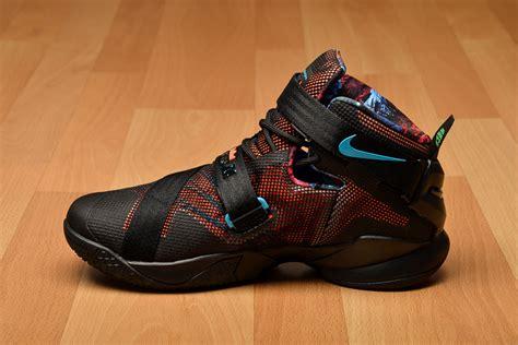 nike lebron soldier ix akronite shoes basketball sil lt