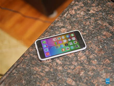 Moshi Metalcase Apple Iphone 4 moshi iglaze armour for apple iphone 6 review