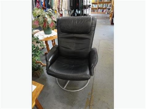 win 610 malung swivel leather chair office