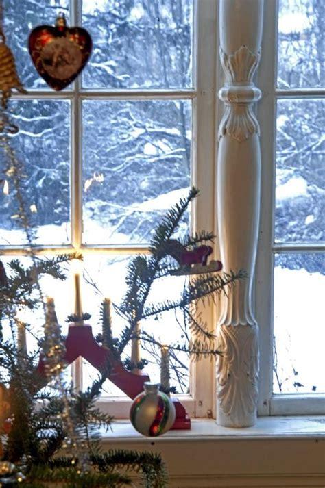 christmas  norway bebe  norwegian wooden candelabra  candles norway christmas