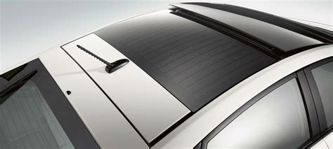 Toyota Solar Roof What Does The Toyota Prius Solar Panel Roof Feature Do