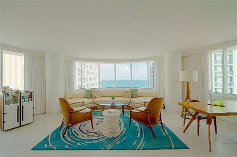 living room miami beach suite living room picture of royal palm south beach