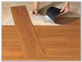 vinyl floor that looks like wood planks tiles home