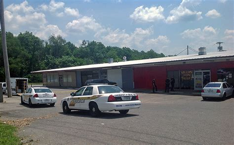 Warrant Search Clarksville Tn Clarksville Respond To Shooting At La Mansion Club On Fort Cbell Boulevard