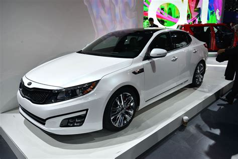 Optima Kia 2014 2014 Kia Optima Is Better By A Nose Autoblog