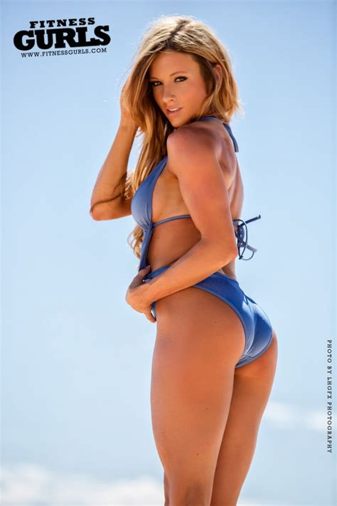 paige morgan 페이지 해서웨이 paige hathaway fitness gurls april 2014