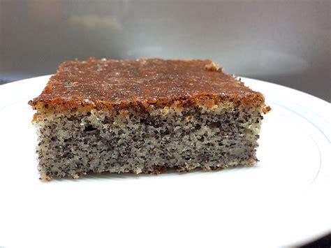 kuchen mit zitronenglasur joghurt mohnkuchen rezept mit bild julisan