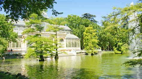 i giardini piu belli d italia i giardini fioriti pi 249 belli d italia e d europa easyviaggio