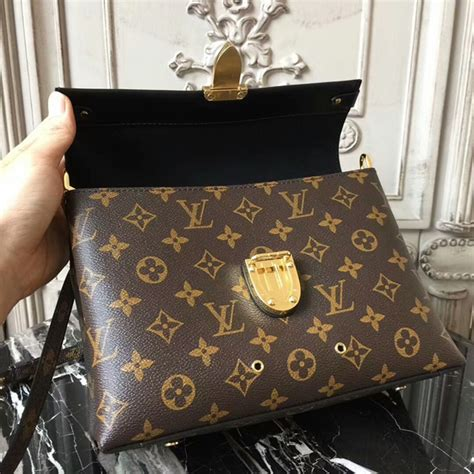louis vuitton   handle flap bag mm shoulder bag