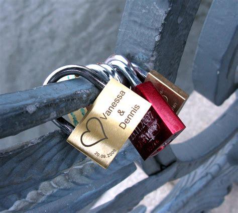images of love locks amazing love locks locations around the world pixorange com