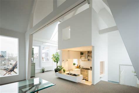 wohnung minimalistisch einrichten 25 ideen f 252 r wohnung einrichten mit dachschr 228