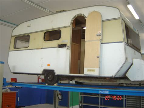interni roulotte ristrutturazione roulotte di oltre 30 anni squadralab sas
