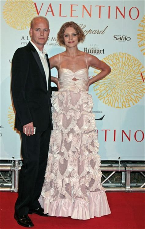 Valentinos 45th Anniversary Gala Carpet by Valentino 45th Anniversary Celebration Gala Arrivals