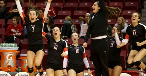 the players bench crystal lake images crystal lake south vs benet state 4a volleyball