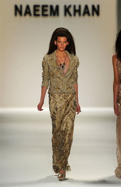 Catwalk To Photo Shoot Gauri Khan In Packham On The Cover Of Vogue India January 2008 by Naeem Khan Runway 2011 Mbfw Pictures Zimbio