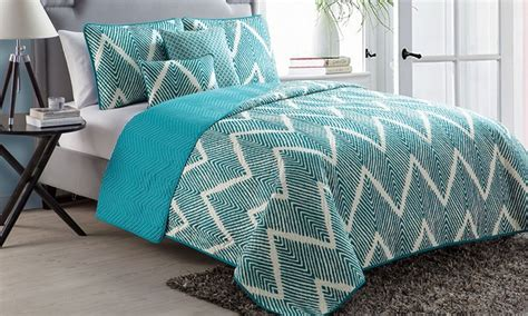 Mela Set by Mela Chevron Quilt Set 5 Groupon