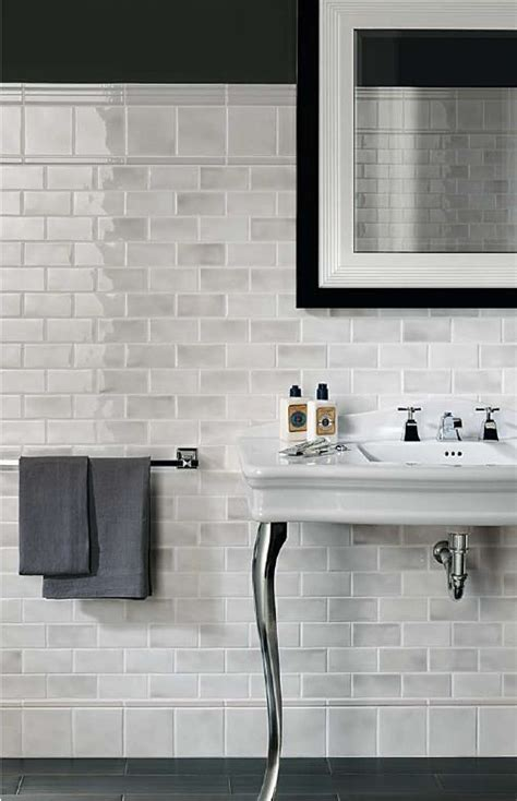 Light Grey Bathroom Wall Tiles 39 Light Gray Bathroom Tile Ideas And Pictures
