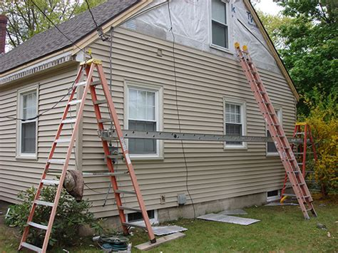 how to vinyl side a house how to install vinyl siding siding contractors maine free roofing siding estimates
