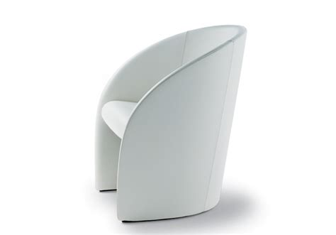 poltrona frau intervista intervista fauteuil poltrona frau milia shop