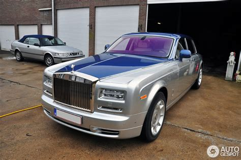 rolls royce phantom two tone spotted beautiful two tone rolls royce phantom series ii