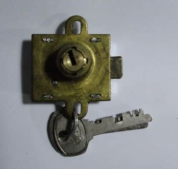 serrature per cassette postali serratura per casellari postali nicosia ferramenta