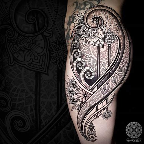 mosaic flow hip tattoo best tattoo design ideas