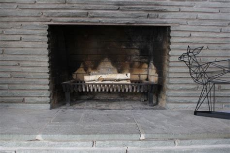 Remove Fireplace Doors by Removing A Fireplace Surround Merrypad
