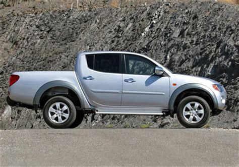 Where Can I Buy A L For Mitsubishi Mitsubishi L 200 Cabina Doble 2 5 Td Dakar Crs 4x4 2012