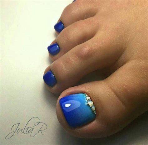 summer toenail colors best 25 blue toe nails ideas on toenail