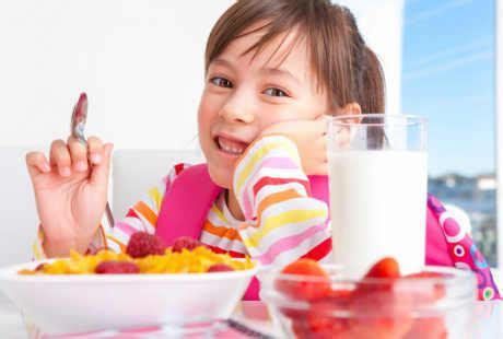 Biaya Membersihkan Karang Gigi Di Klinik Nadira konsumsi sereal dan setelah makan kurangi risiko gigi
