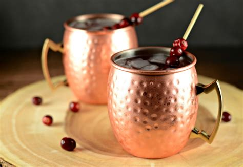 Cranberry Apple Moscow Mule Cocktail Drink Recipe - Simply ...