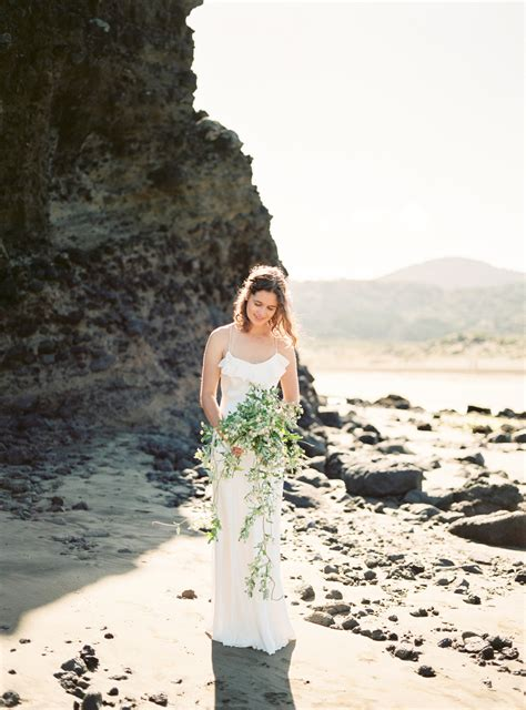 Wedding Bouquets New Zealand by Chhuon Destination Wedding Photographer