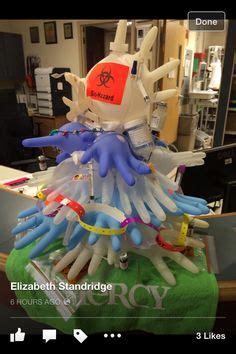 la polaraebol navidad 18 decoraciones navide 241 as en hospitales que demuestran que los m 233 dicos sumamente creativos