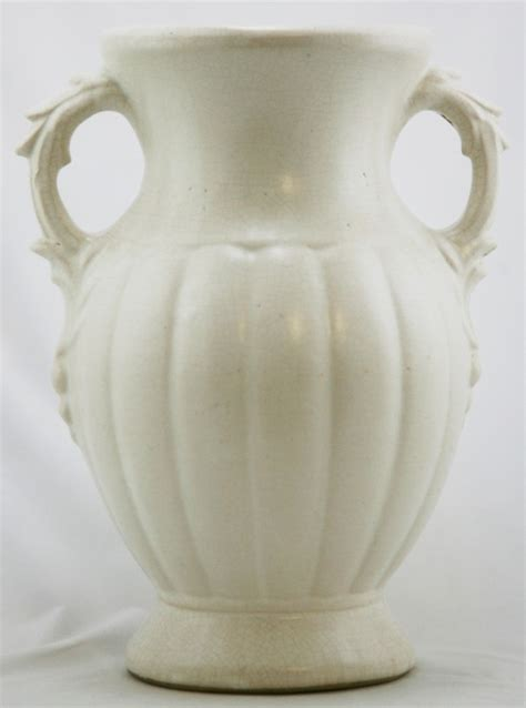 Vintage White Vases by 40 Best Images About Vintage White Pottery On