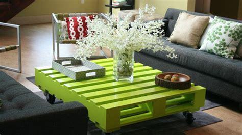 25 formas de reciclar una tarima de madera y convertirlas en muebles para el hogar ecoosfera